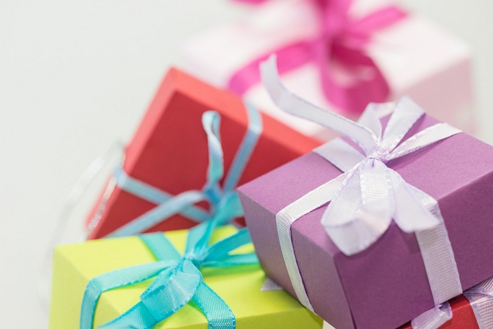Free gifts_720px